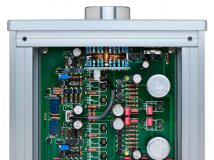 reference headphone amplifier